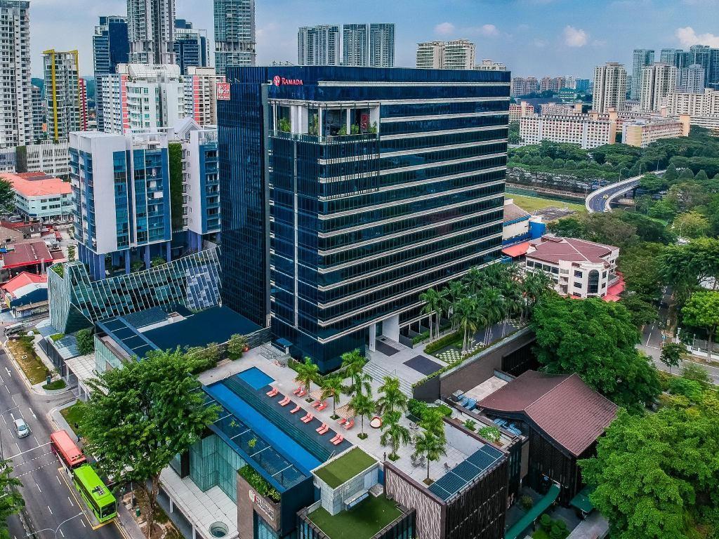 Ramada and Days Hotels at Zhongshan Park (Day)
